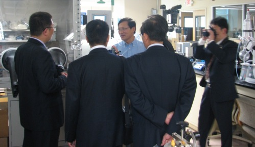 Shanghai University delegtation tours ERC at NC A&T